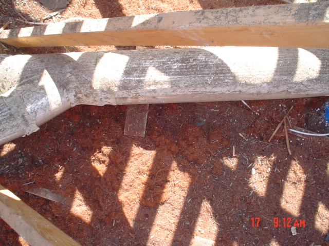 old asbestos heating pipe, old insulation fire hazard